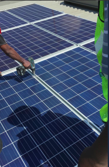 Sun Exchange installing Solar panels